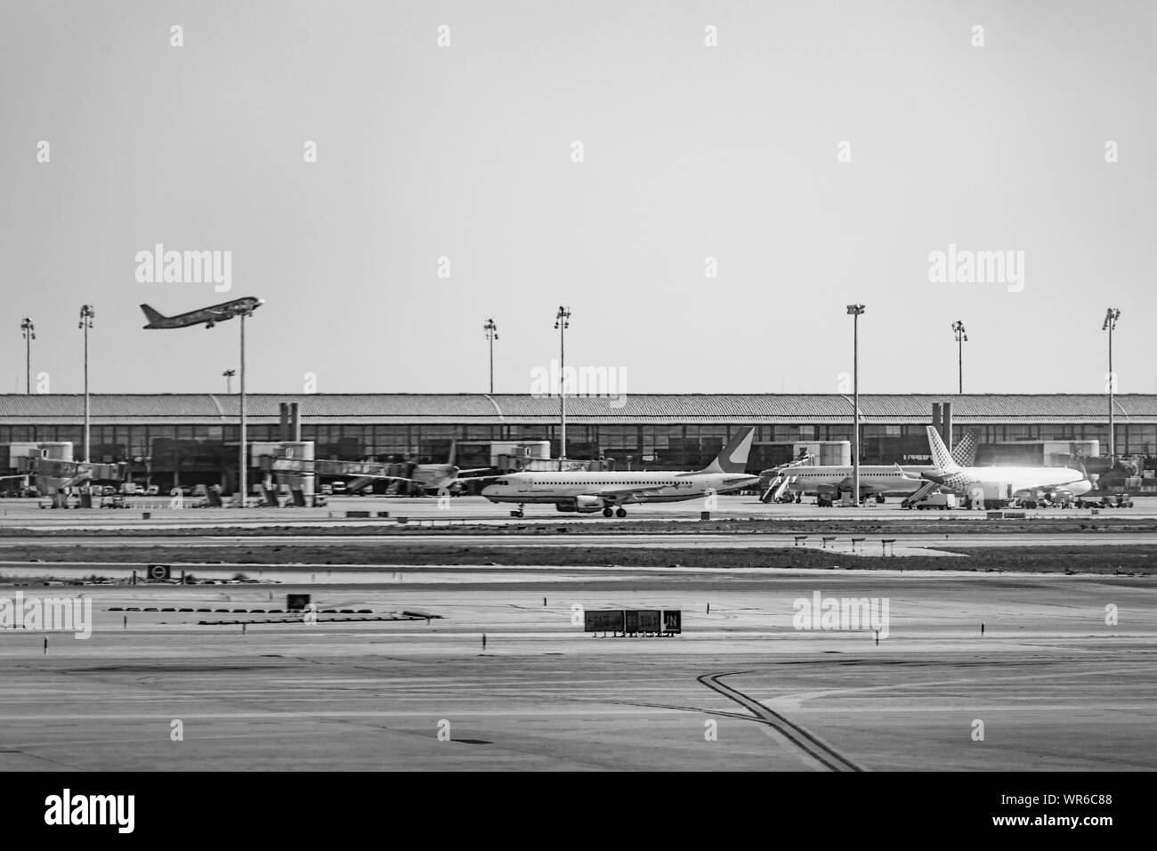 airport boarding, international airport, boarding area, departure check, eparture check, tourist, runway Stock Photo