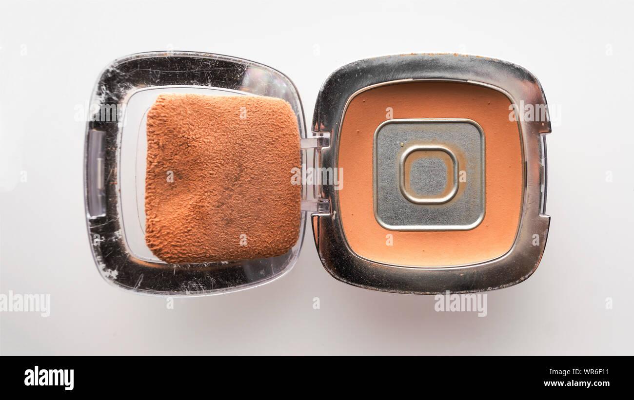 cereal box, eyeshadow, immunocal platinum, whey protein powder, pigment, pigment, makeup sponge, makeup sponge, snowman Stock Photo