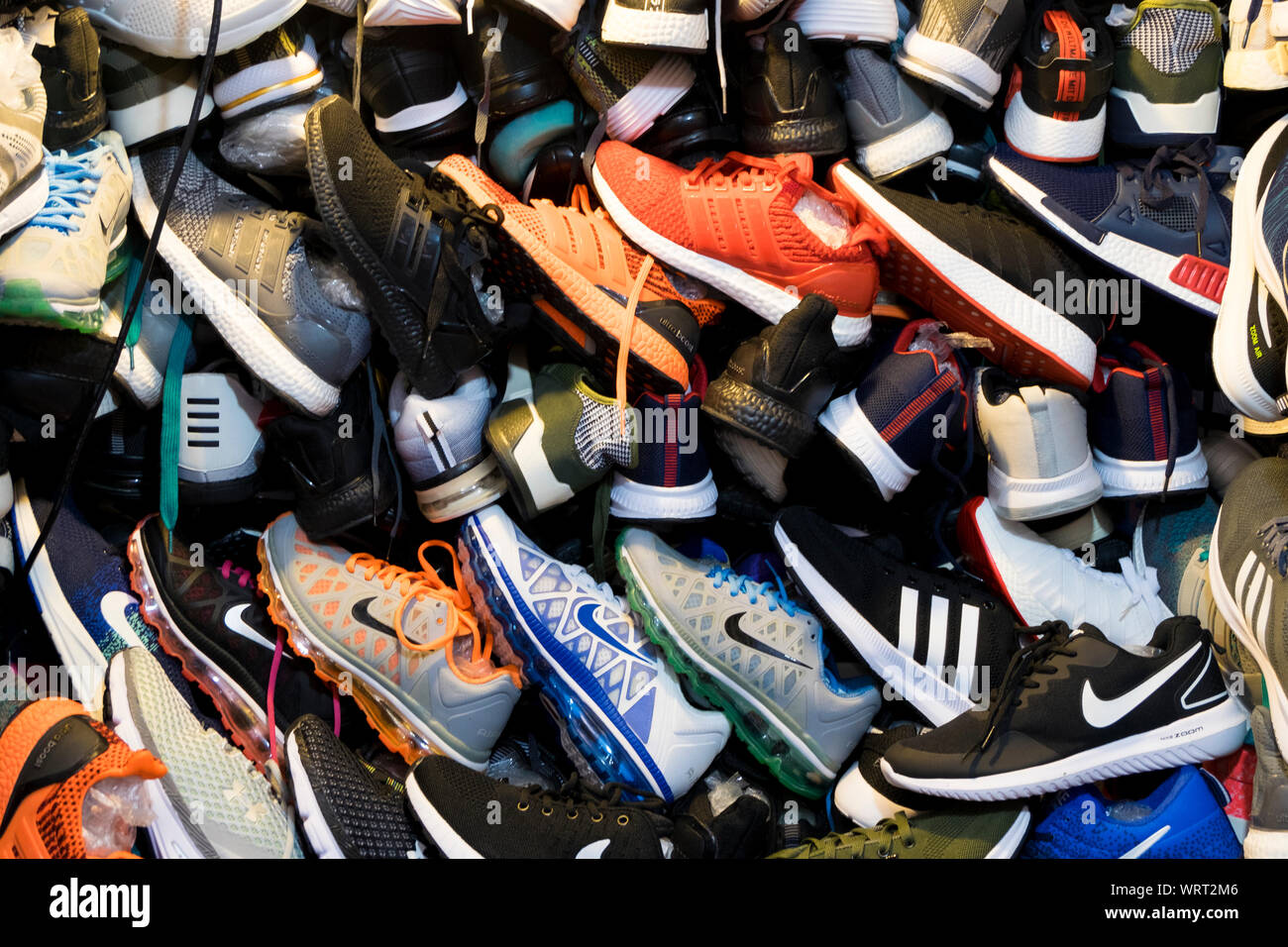 Athletic Shoes Sale High Resolution