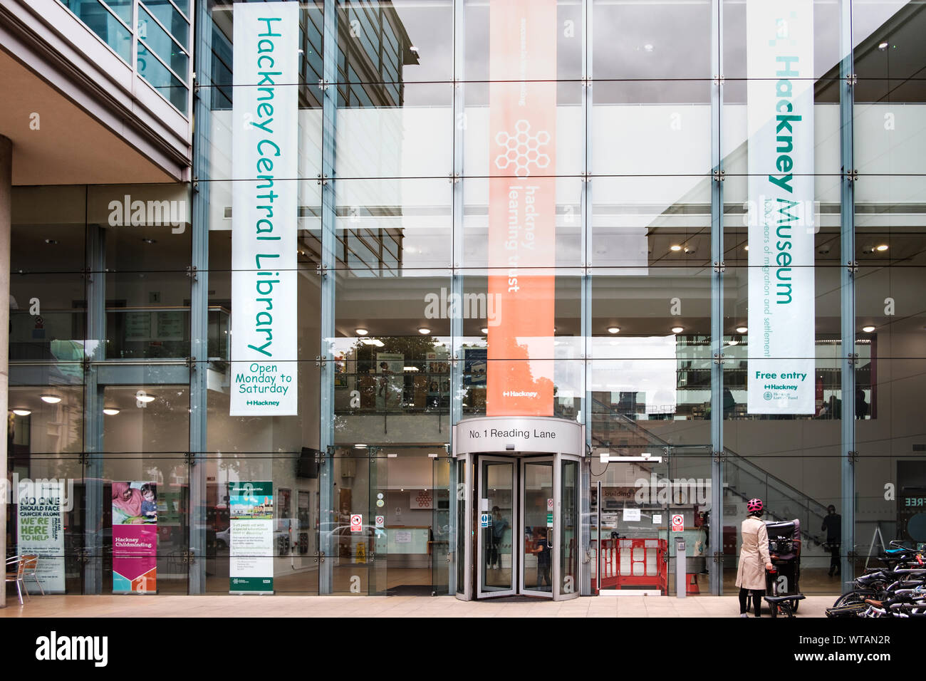 Hackney Central Library, Hackney Museum and Hackney Technology and Learning Centre at 1 Reading Lane,  E8 1GQ. East London, UK Stock Photo