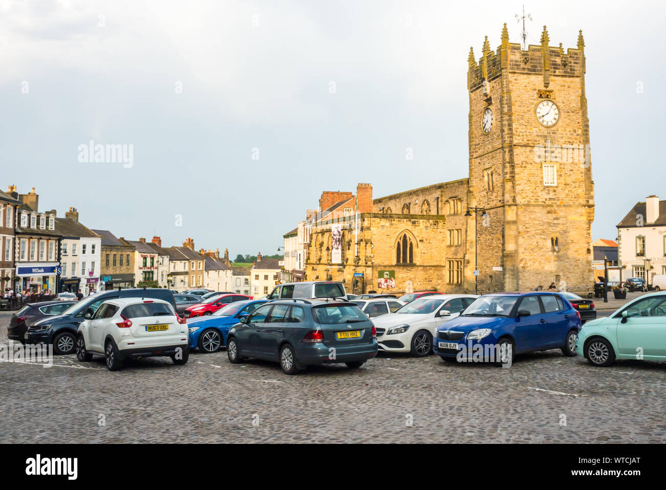 Richmond Market Square at Richmond, North Yorkshire Stock Photo