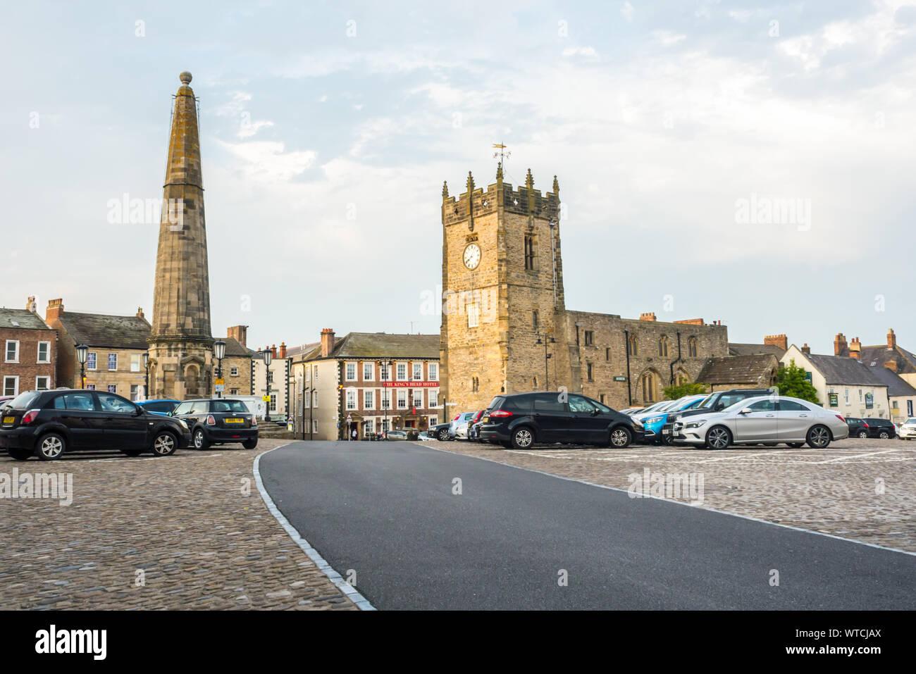 Richmond Market Square at Richmond, North Yorkshire Stock Photo