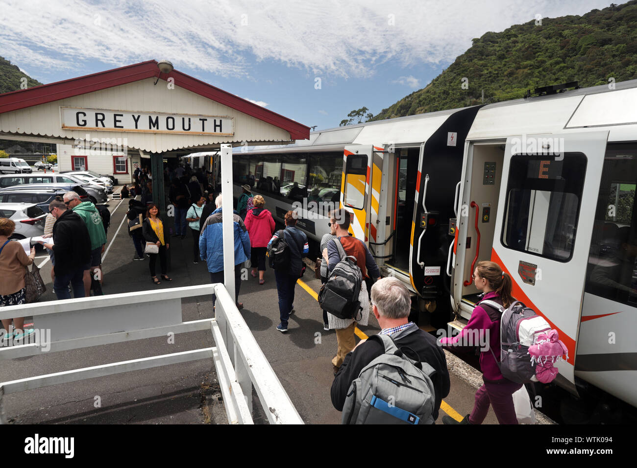 Picture by Tim Cuff - 4 & 5 January 2019 - Tranz Alpine train journey from Greymouth to Christchurch, and next day return, New Zealand: passengers dis Stock Photo