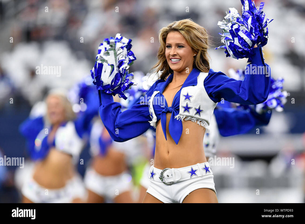 Arlington, Texas, USA. 8th Sep, 2019. The Dallas Cowboys cheerleaders perform prior to the first half of the NFL football game between the New York Giants and the Dallas Cowboys at AT&T Stadium in Arlington, Texas. Shane Roper/Cal Sport Media/Alamy Live News Stock Photo