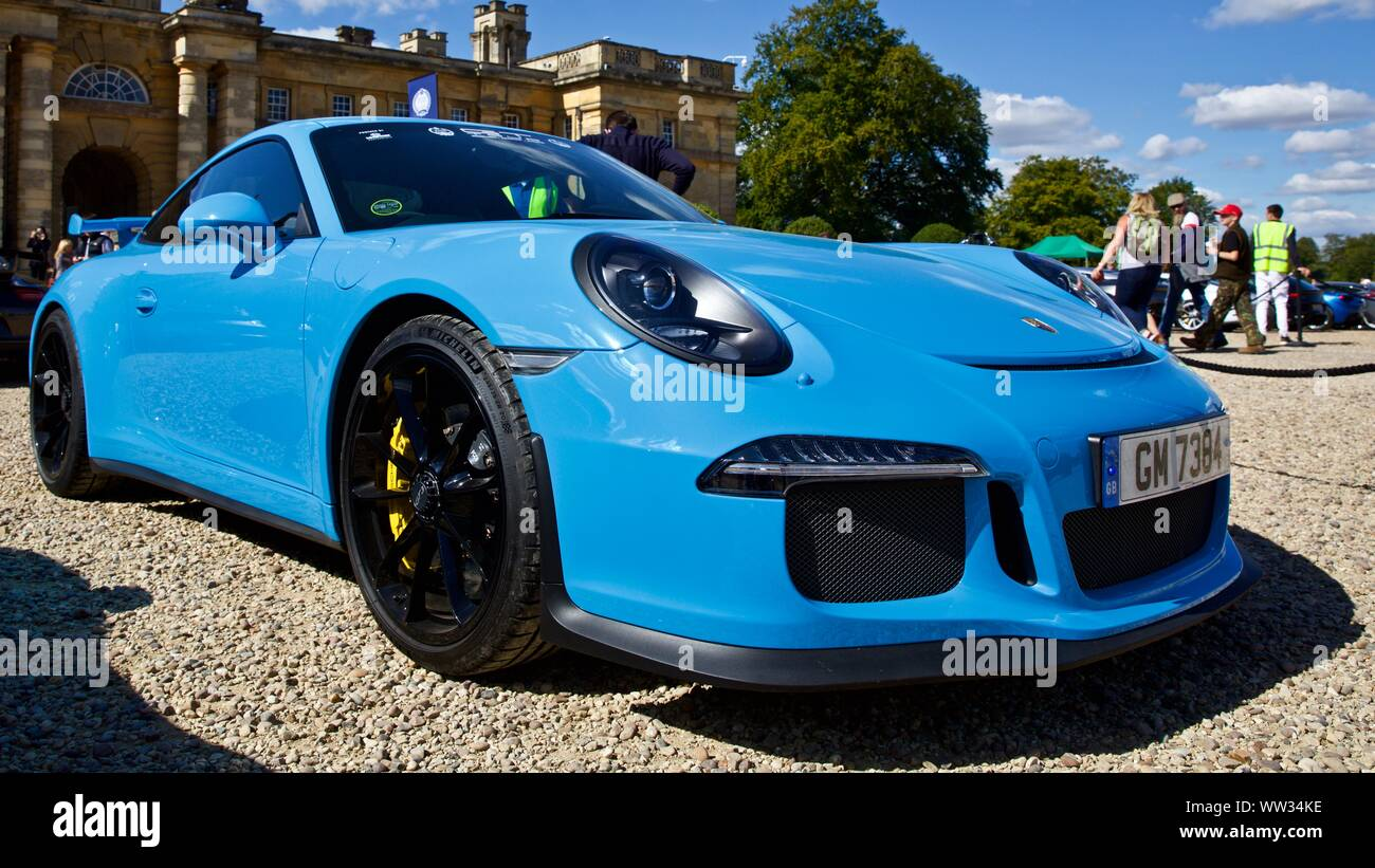 Porsche 911 Gt3 Rs In Miami Blue On Show At The Concours D Elegance At Blenheim Palace On The 8th September 2019 Stock Photo Alamy
