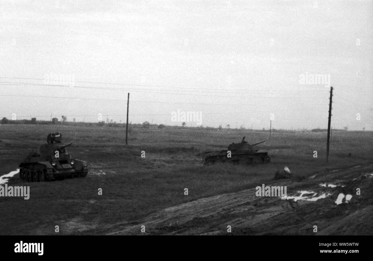 Sowjetarmee / Rote Armee Schneller Panzer BT-7 - Soviet Army / Red Army Fast Tank BT-7 Stock Photo