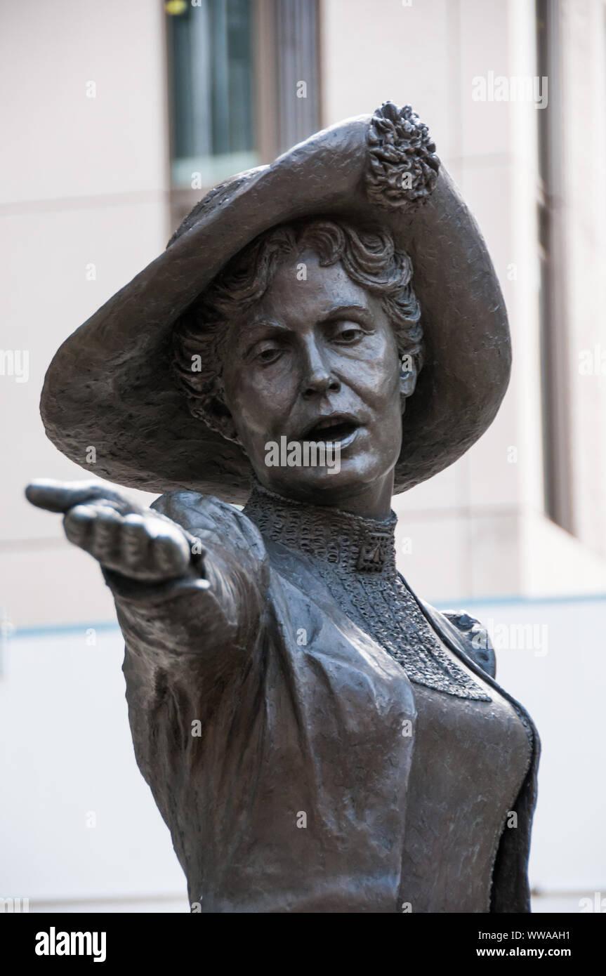 Around Manchester - 'Deeds Not Words.'- Statue of Emily Pankhurst Stock Photo