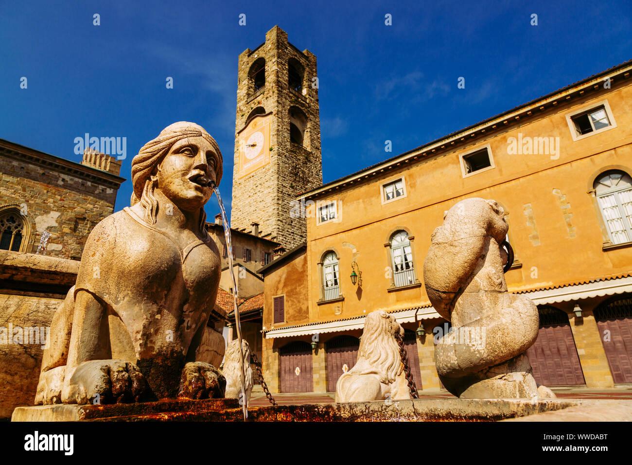 Contarini fountain on Piazza Vecchia, Citta Alta, Bergamo, Italy Stock Photo