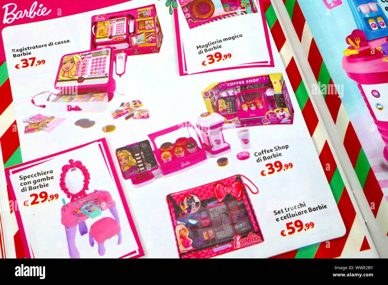 15 Trucchi In Cucina toys catalogue stock photos & toys catalogue stock images