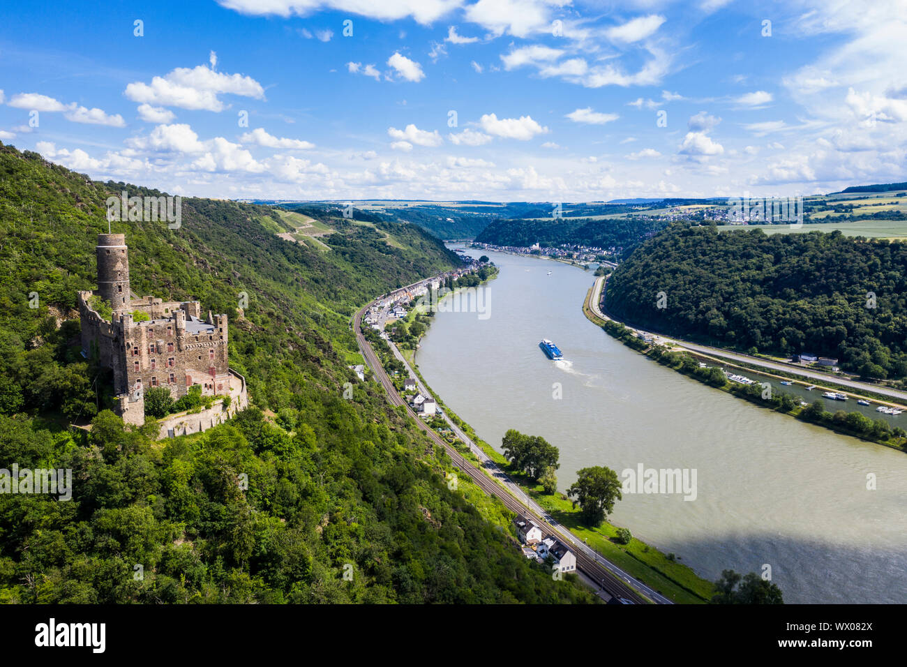 Castle Maus overlooking the Rhine river, UNESCO World Heritage Site, Middle Rhine valley, Rhineland-Palatinate, Germany, Europe Stock Photo