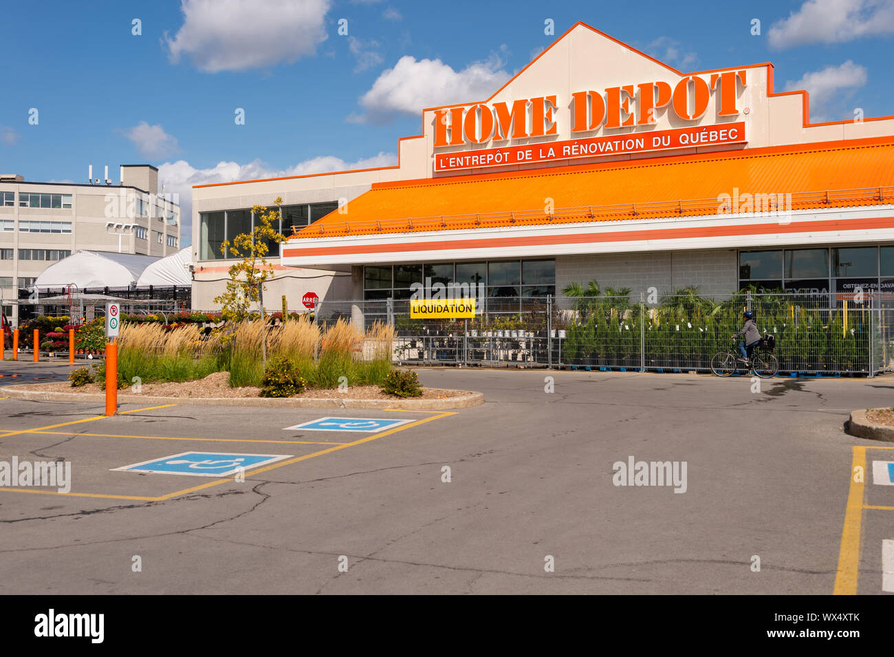 Home Depot Sign High Resolution Stock Photography And Images Alamy