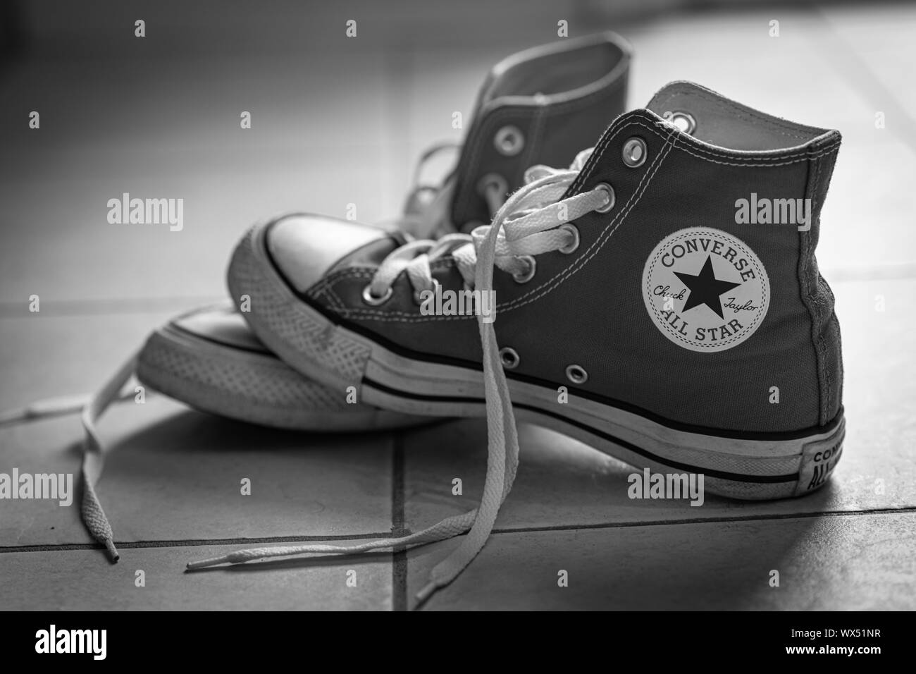 Larry Belmont Guarda la ropa Órgano digestivo  Converse All Stars High Resolution Stock Photography and Images - Alamy