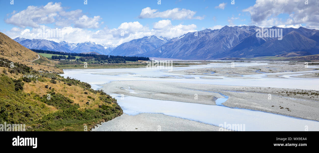 Mountain Alps scenery in south New Zealand Stock Photo