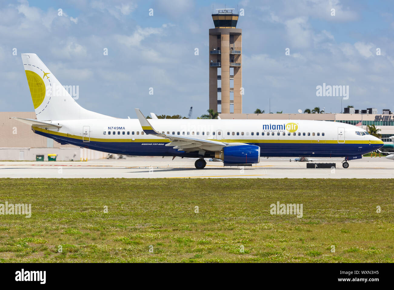 Fort Lauderdale, Florida – April 6, 2019: Miami Air International Boeing 737-800 airplane at Fort Lauderdale airport (FLL) in Florida. Stock Photo