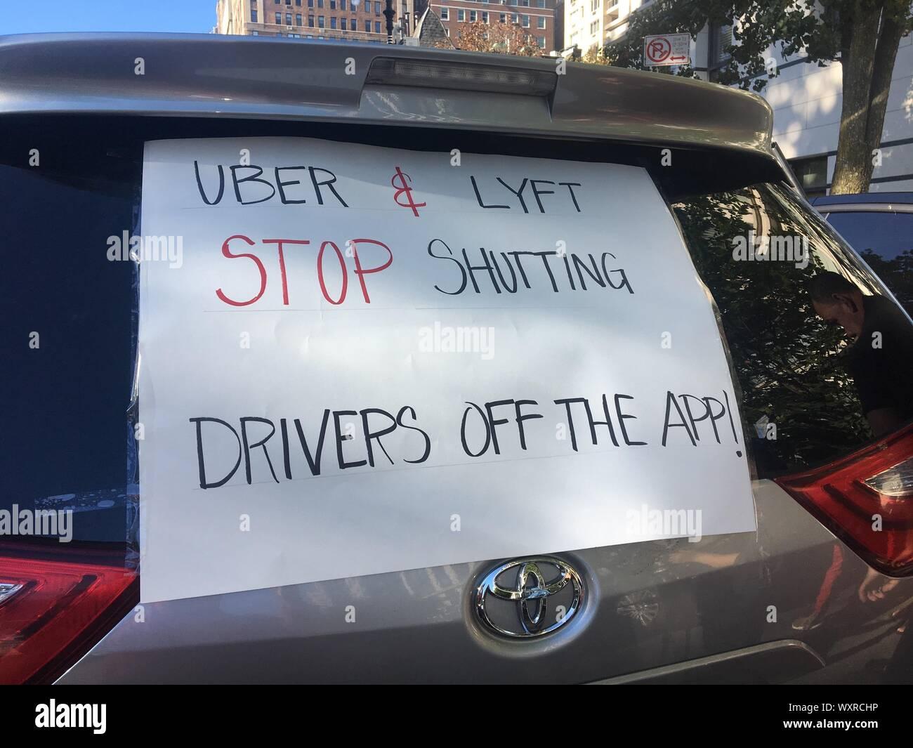 Lyft Uber Usa Stock Photos & Lyft Uber Usa Stock Images - Alamy