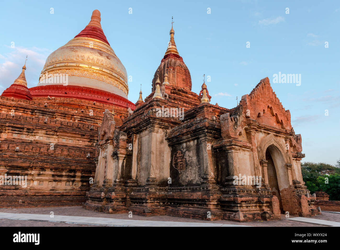 Wide angle picture of the architectonic Dhammayazika Temple, an amazing buddhist pagoda in Bagan in Myanmar Stock Photo