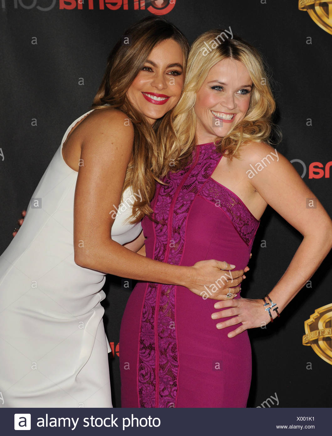 Actresses Reese Witherspoon (L) and Sofia Vergara arrive at Warner Bros. Pictures Invites You to ?The Big Picture at The Colosseum at Caesars Palace during CinemaCon, the official convention of the National Association of Theatre Owners, on April 21, 2015 in Las Vegas, Nevada., Additional-Rights-Clearances-NA Stock Photo