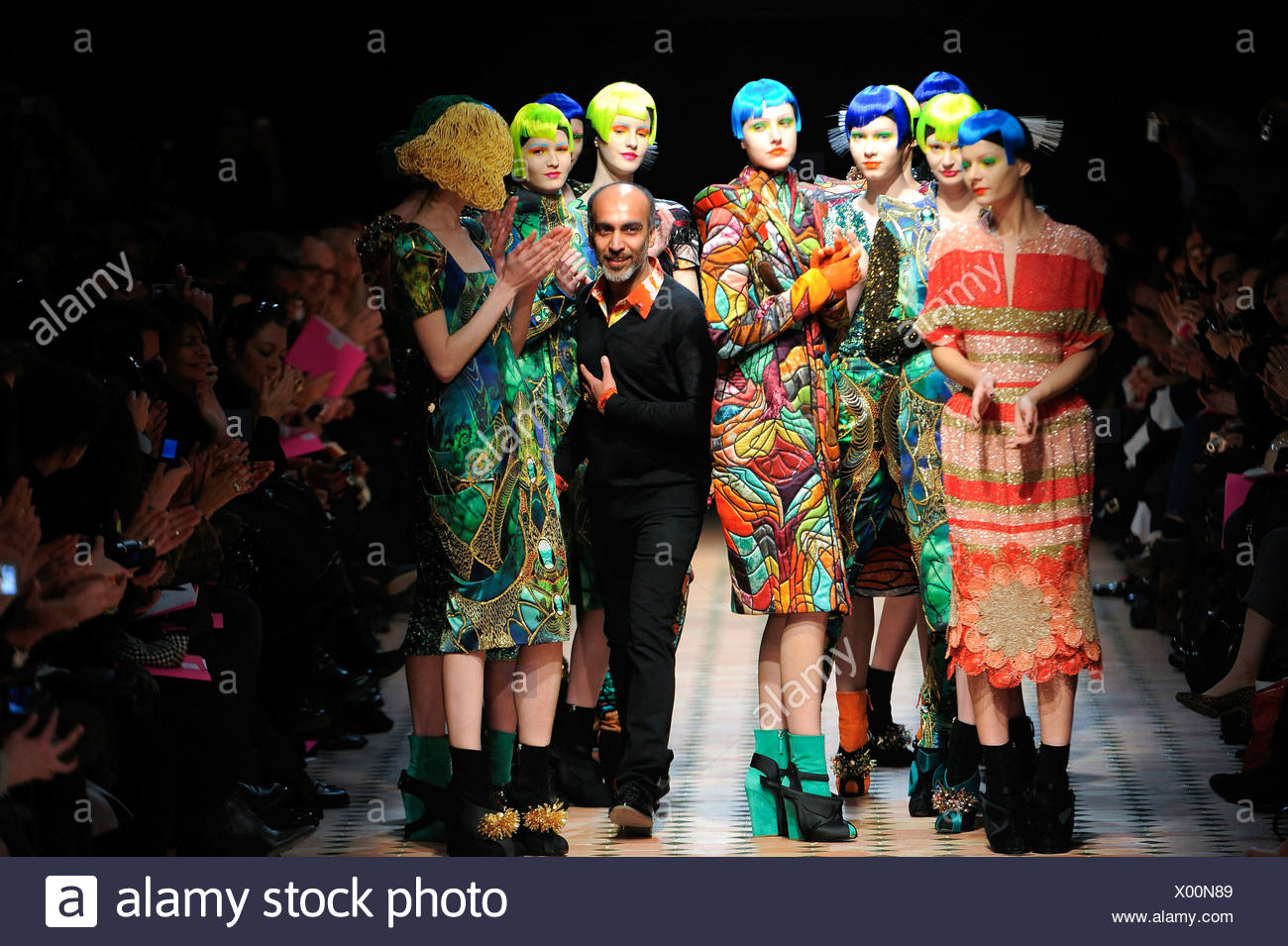 Manish Arora Paris Ready To Wear Autumn Winter Fashion Designer Manish Arora With His Bollywood And Art Deco Inspired Outfits Stock Photo Alamy