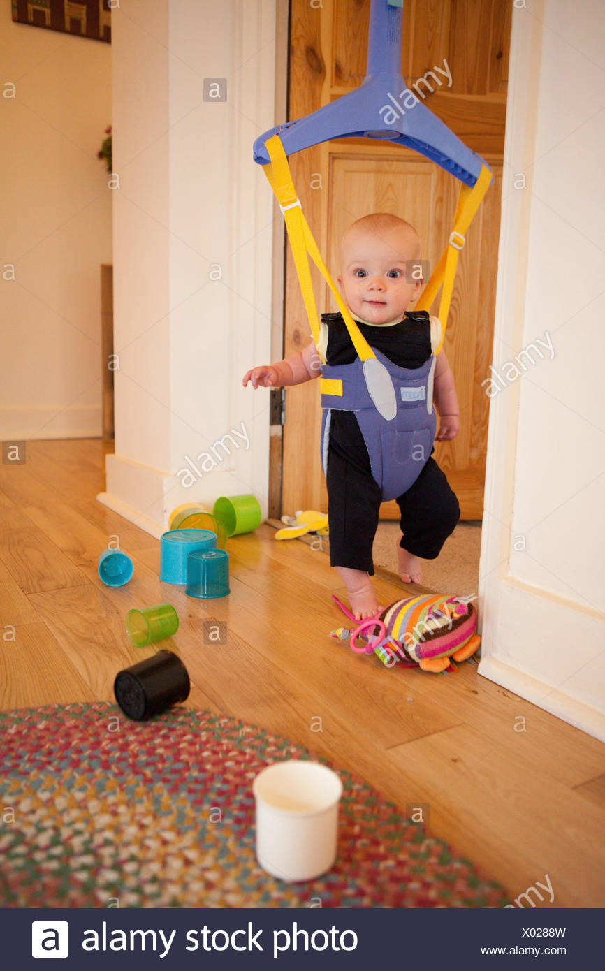 Baby in a door bouncer  sc 1 st  Alamy & Baby in a door bouncer Stock Photo: 275416313 - Alamy