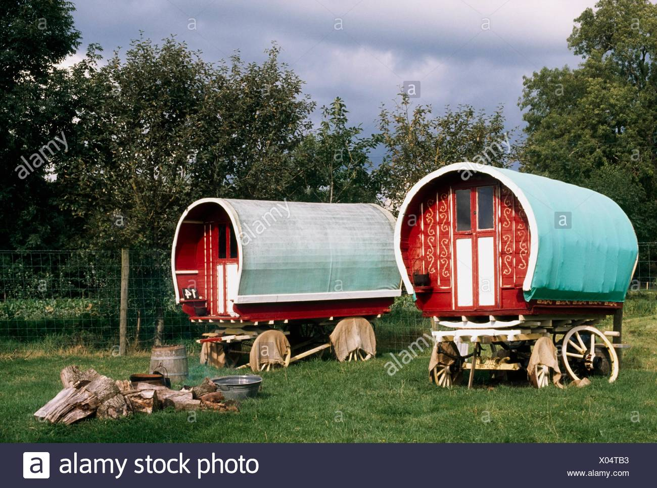 Bunratty Folk Park, Bunratty, Co Clare, Ireland; Traditional Caravans - Stock Image