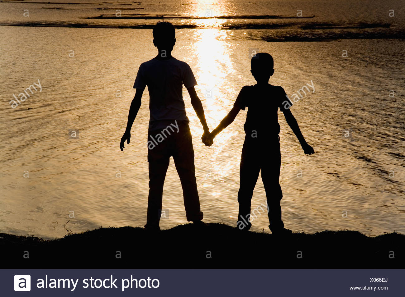 Sunset Bestfriends High Resolution Stock Photography And Images Alamy
