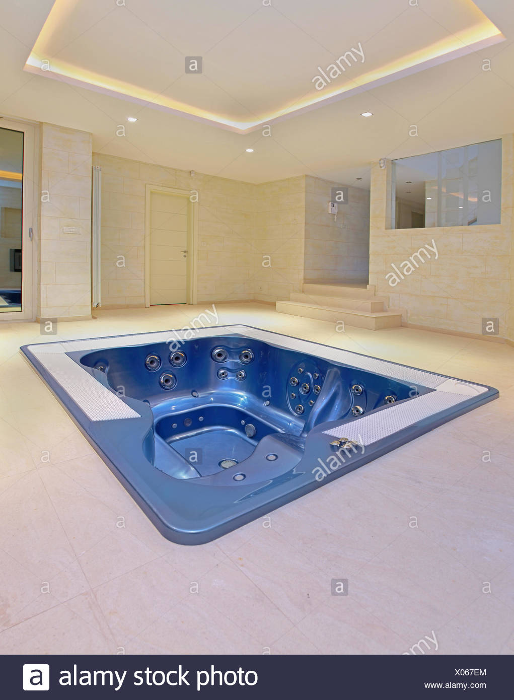 Indoor Hot Tub Stock Photos & Indoor Hot Tub Stock Images - Alamy