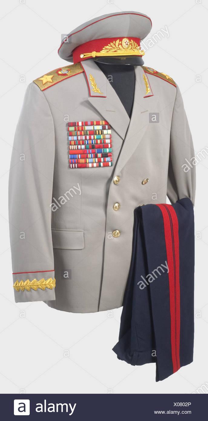 17b2820c15 Soviet Uniform Stock Photos & Soviet Uniform Stock Images - Alamy