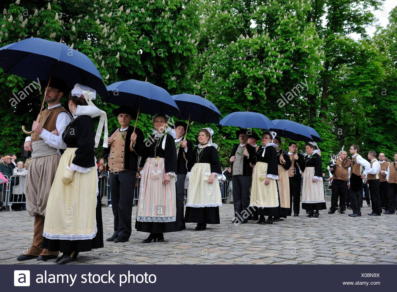 ´´Fete du Muguet´´ (Lily of the valley festival) parade at Rambouillet, Yvelines department, Ile-de-France region, France, Europe. - Stock Image