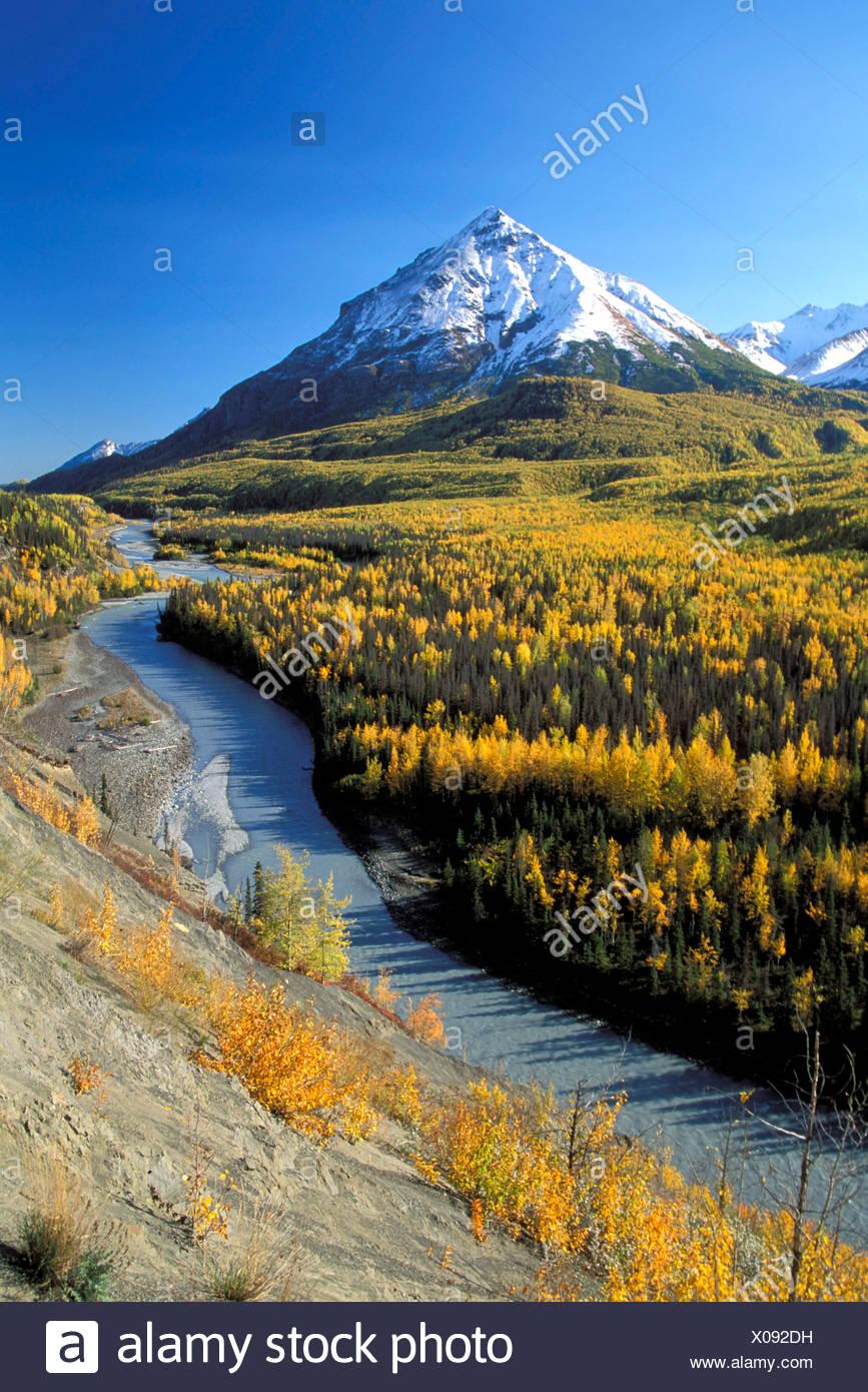 Matanuska River w/King Mtn Chugach Mtns SC AK Autumn - Stock Image