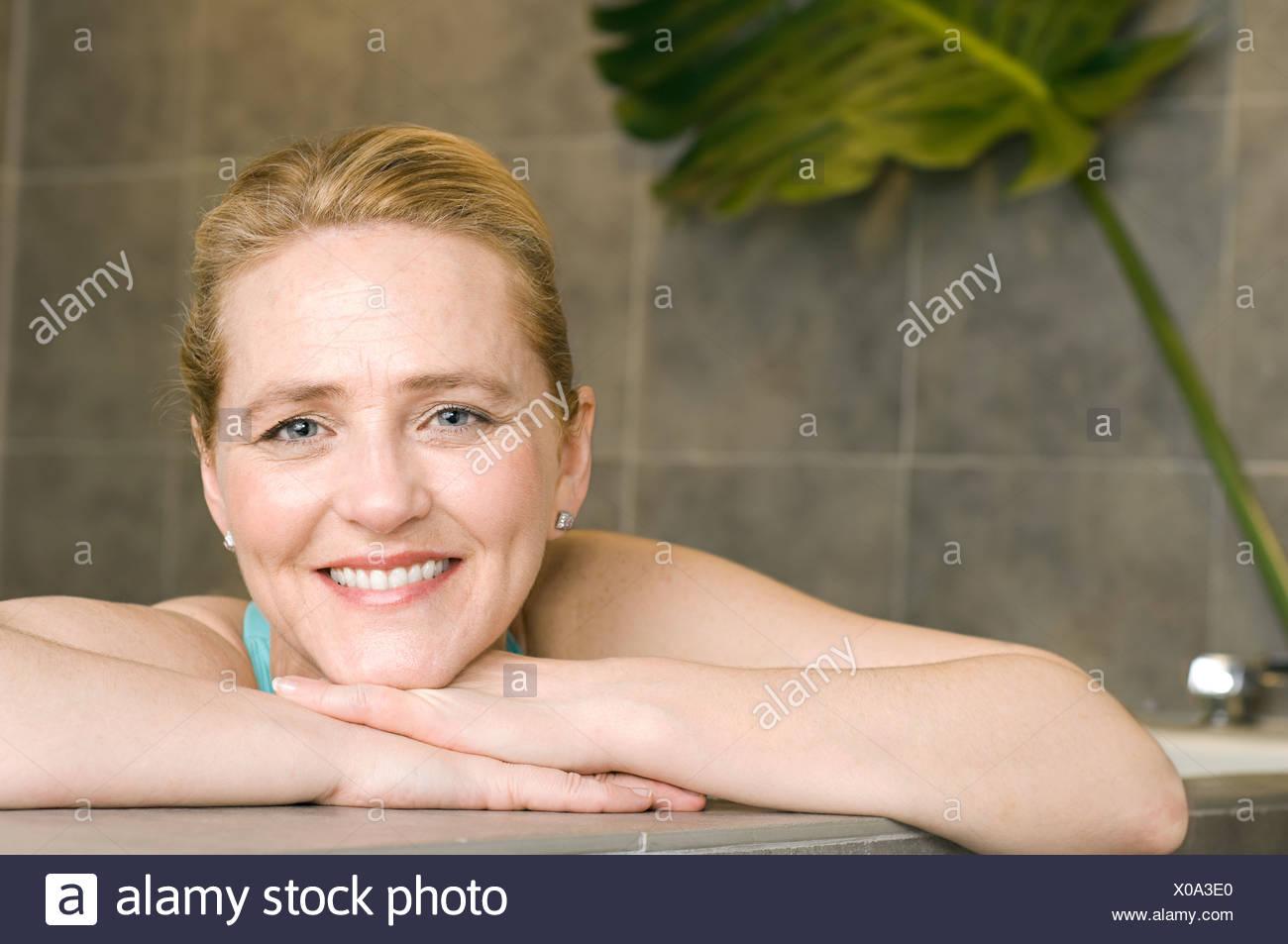 Hot Bath Tub Stock Photos Amp Hot Bath Tub Stock Images Alamy