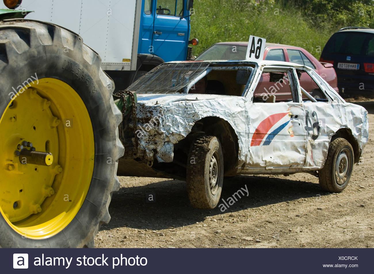 Racing crash stock photos racing crash stock images alamy for Moss motors used cars airport