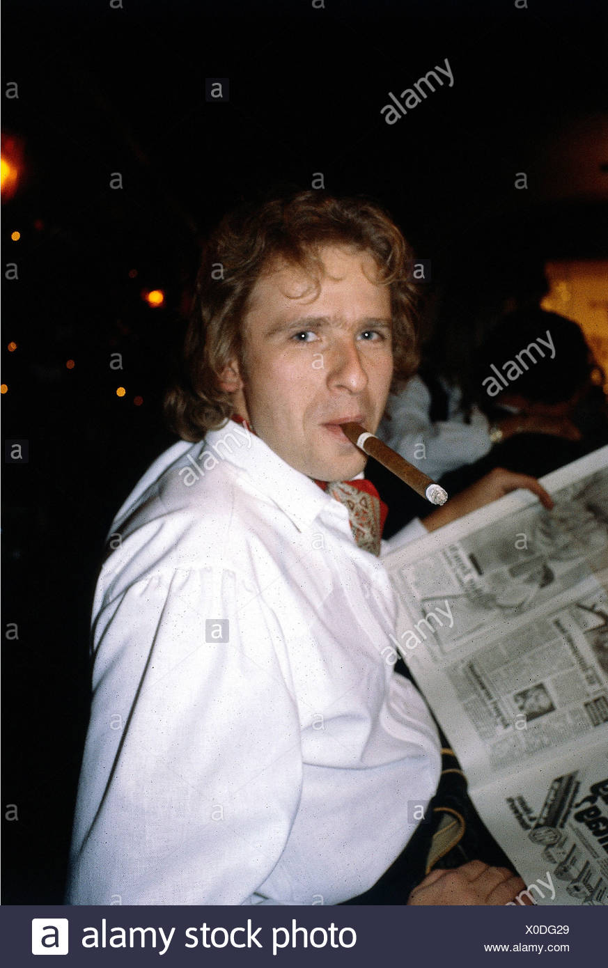 Gottschalk, Thomas, * 18.5.1950, German TV host, portrait, with cigar, 1980s, smoking, smoker, smokers, - Stock Image