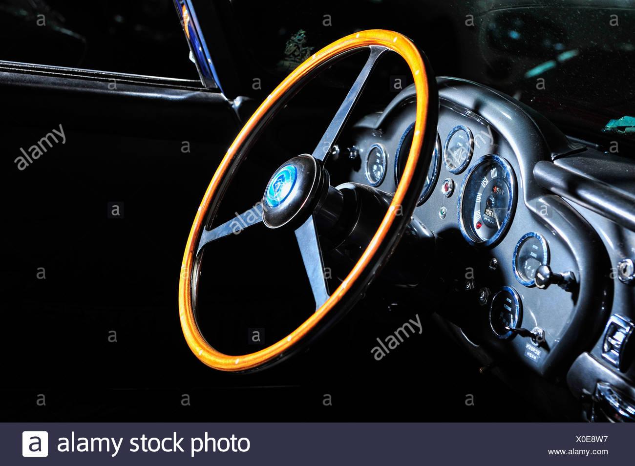 Lenkrad Aston Martin Oldtimer - Stock Image