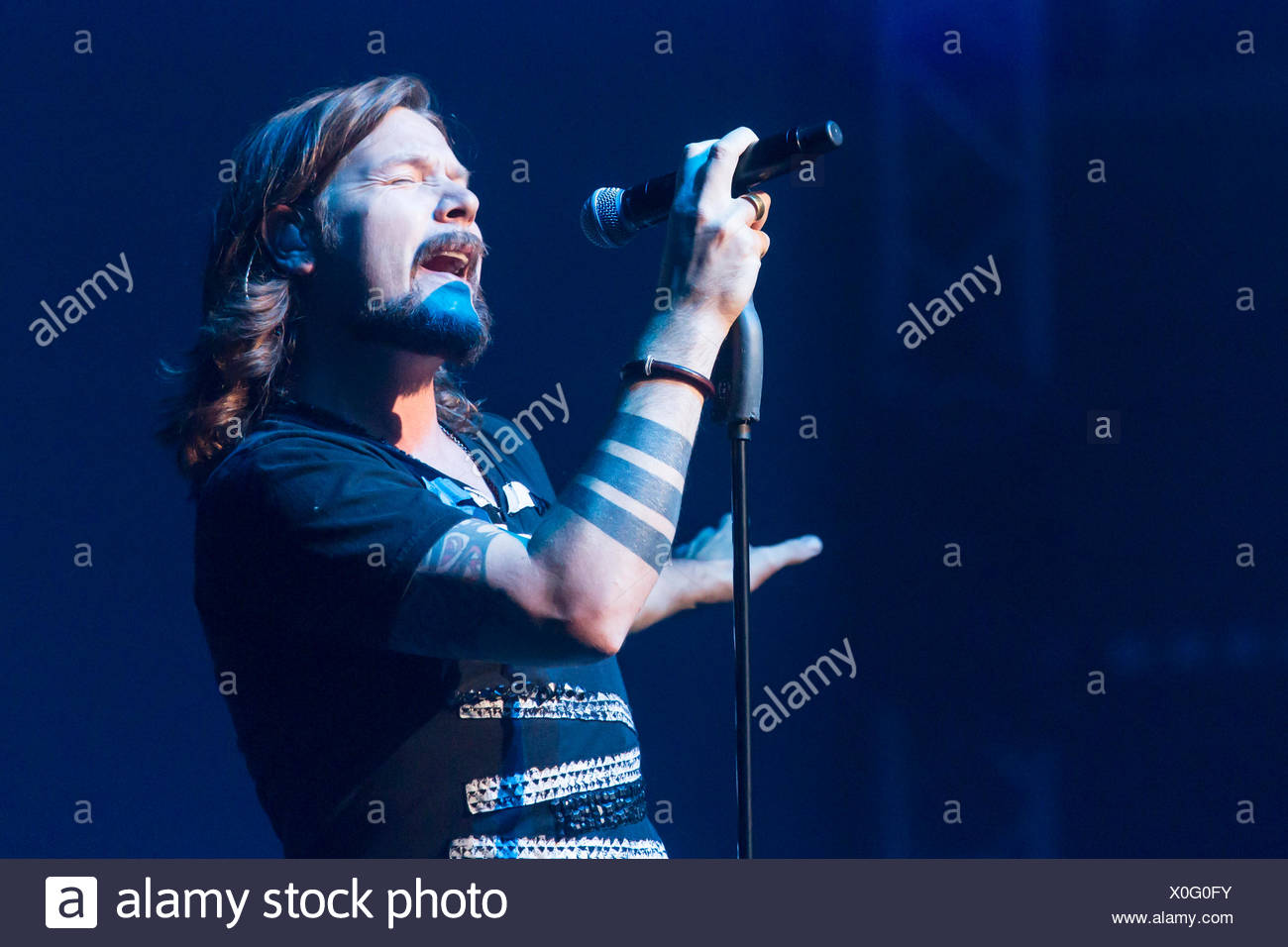 The Irish-German singer Rea Garvey singing live at the concert hall of the Lucerne Culture and Congress Centre, KKL - Stock Image