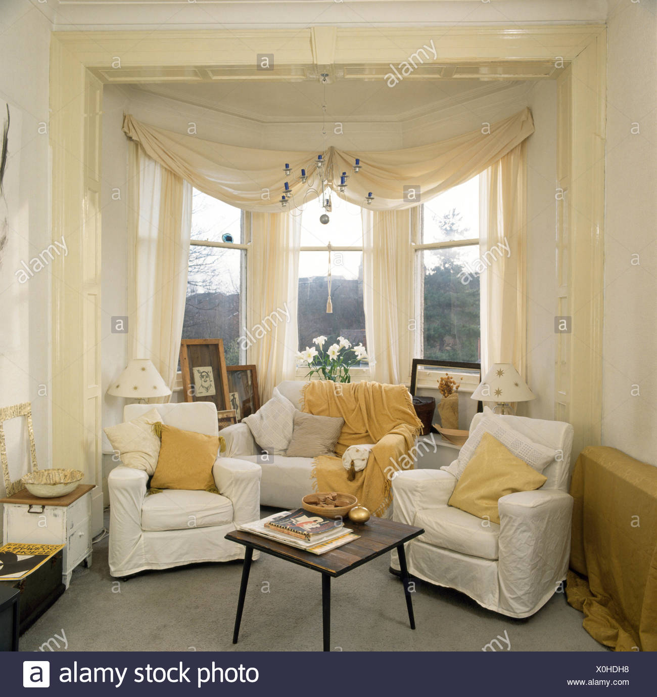 Bay Window Curtains Stock Photos & Bay Window Curtains
