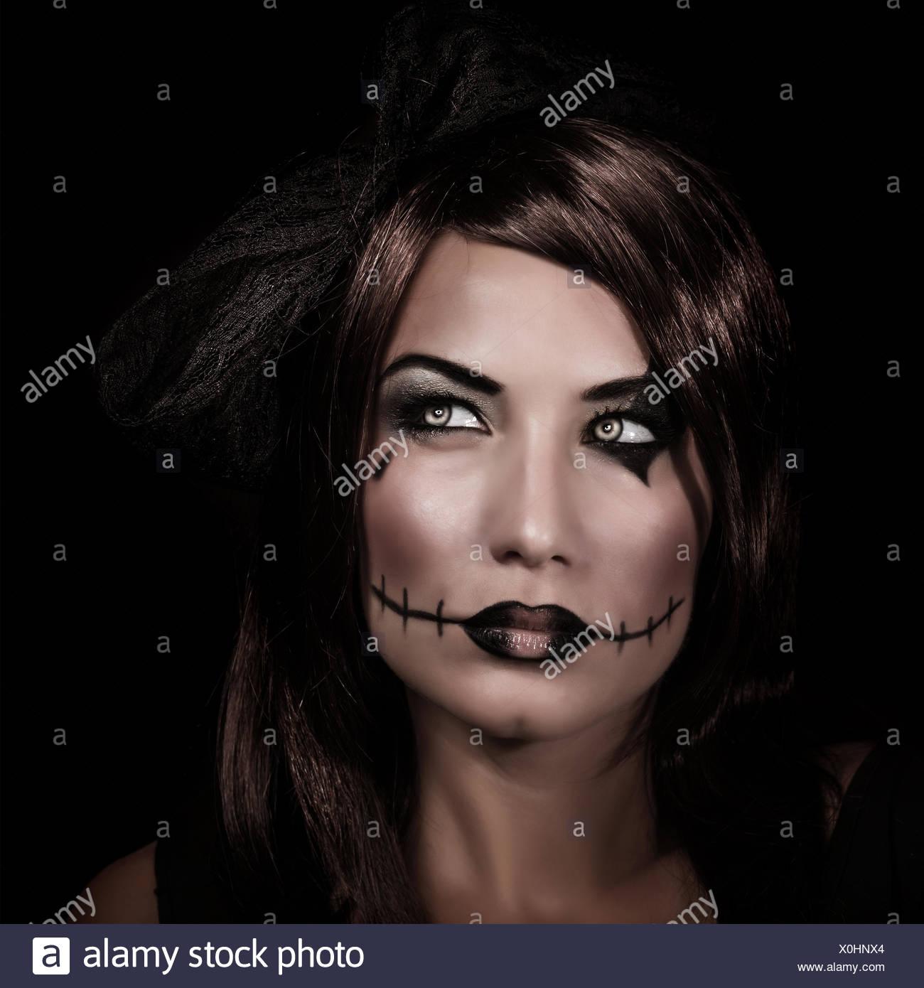 Black Zombie Eyes Stock Photos Black Zombie Eyes Stock Images Alamy