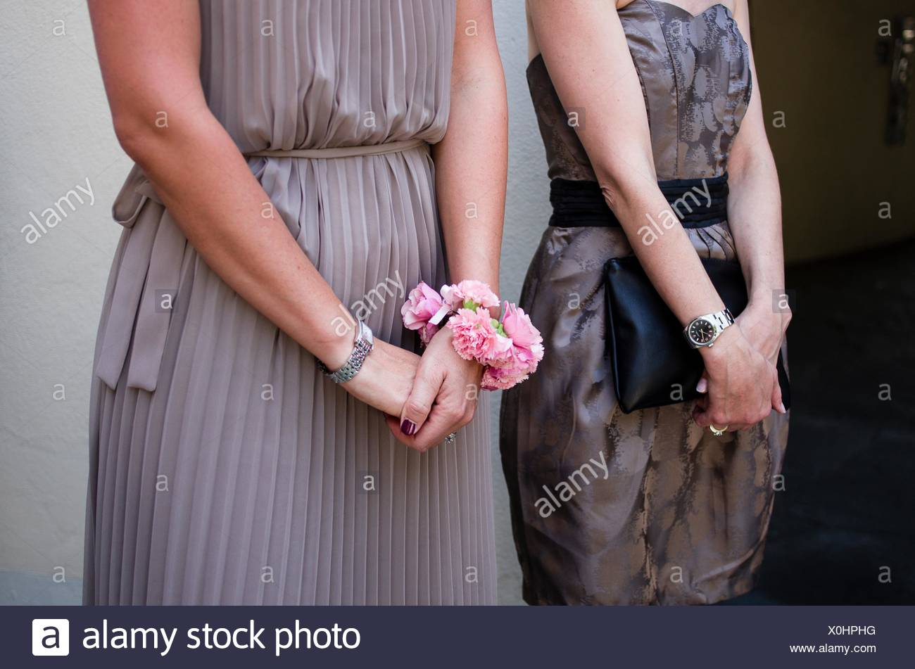 d81e4a7cde bridesmaid with flower bracelet Stock Photo: 275756812 - Alamy