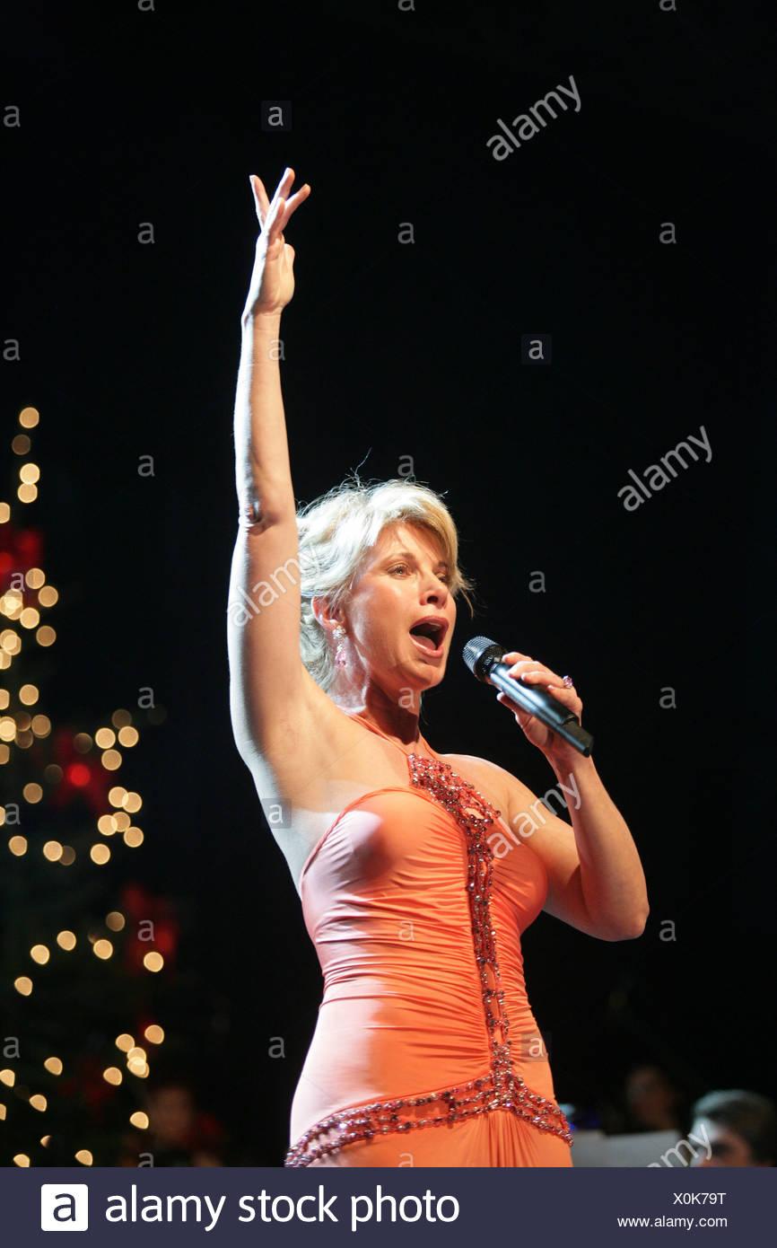 Soprano singer Deborah Sasson Stock Photo: 275788740 - Alamy