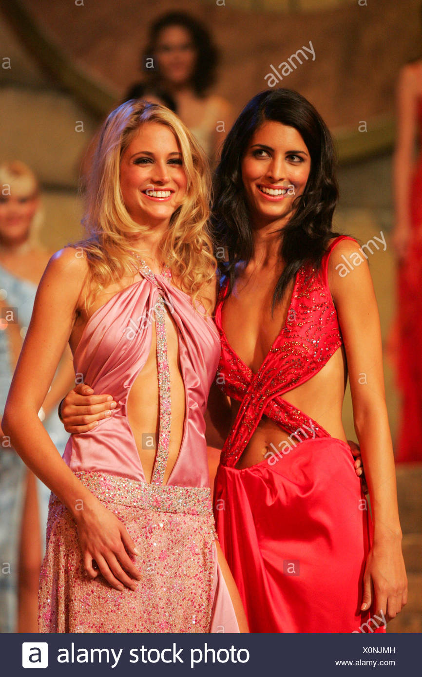 From left, Natasha Grippaldi, 2nd place, and Fiona Hefti, 1st place shortly before the decision in the Miss Switzerland 2004 - Stock Image