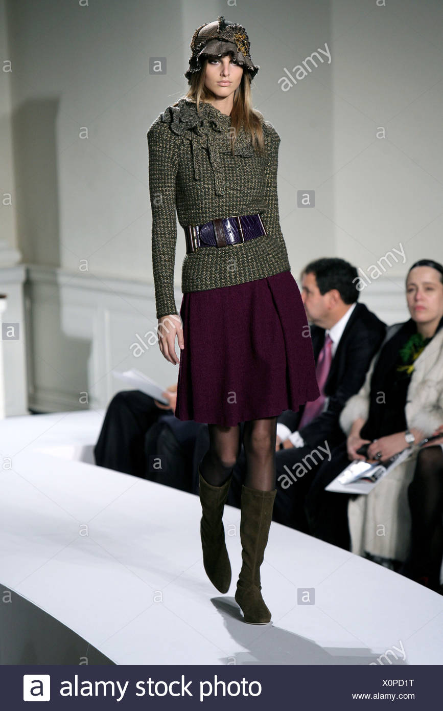 Oscar de la Renta New York Ready to Wear Autumn Winter Belted ruffled neck  sweater 9891e80521c