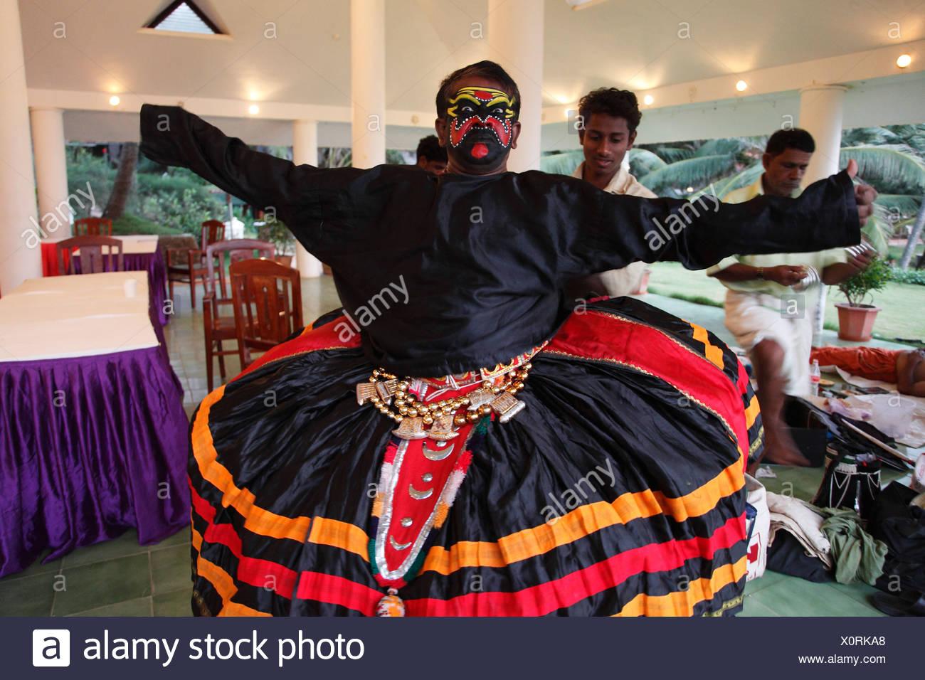 Kathakali dancer dressing, Chuvanna Thaadi character, Kerala, southern India, Asia - Stock Image
