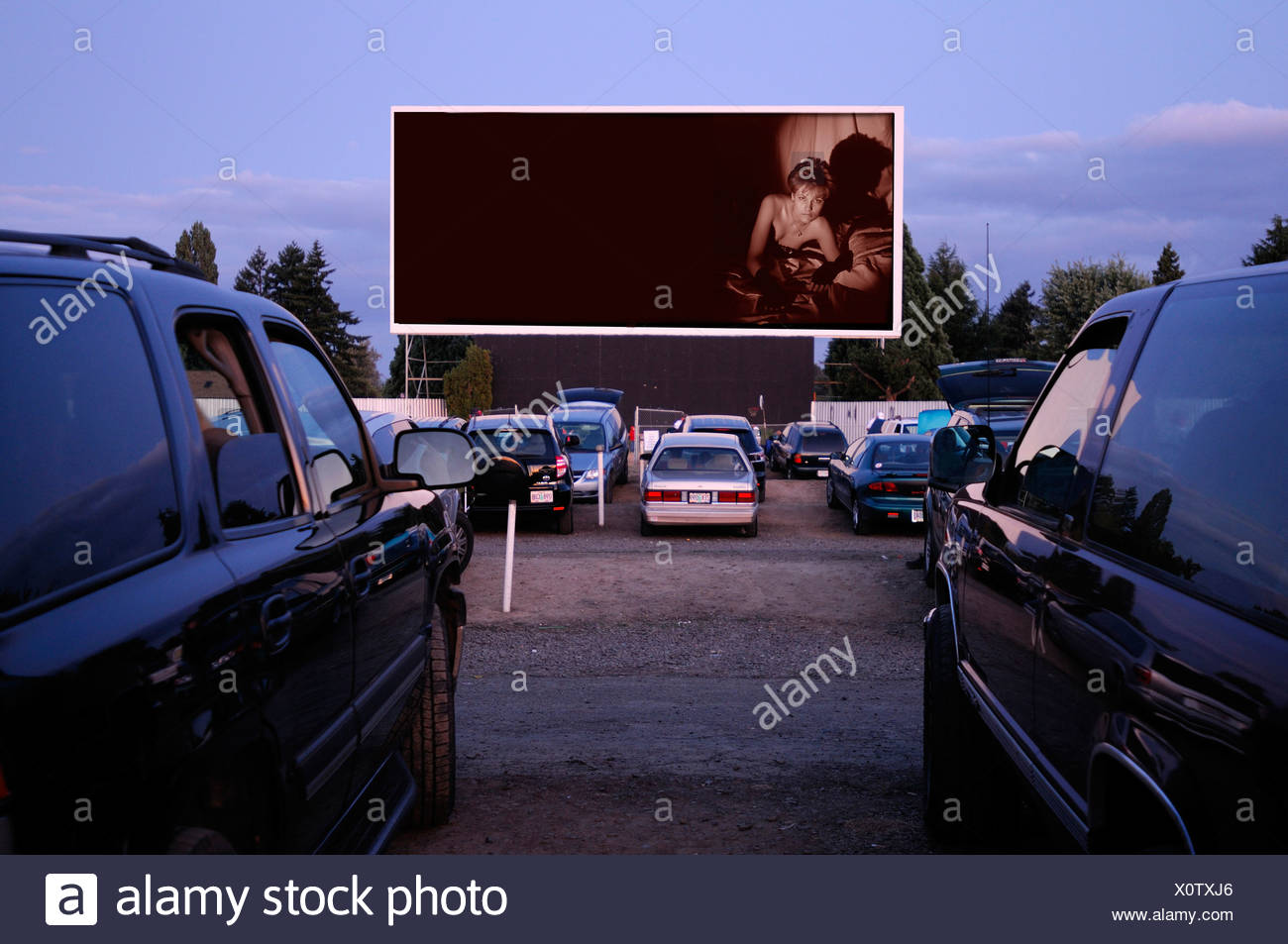 Motor Vu Drive In Dallas Oregon USA cinema parking cars - Stock Image