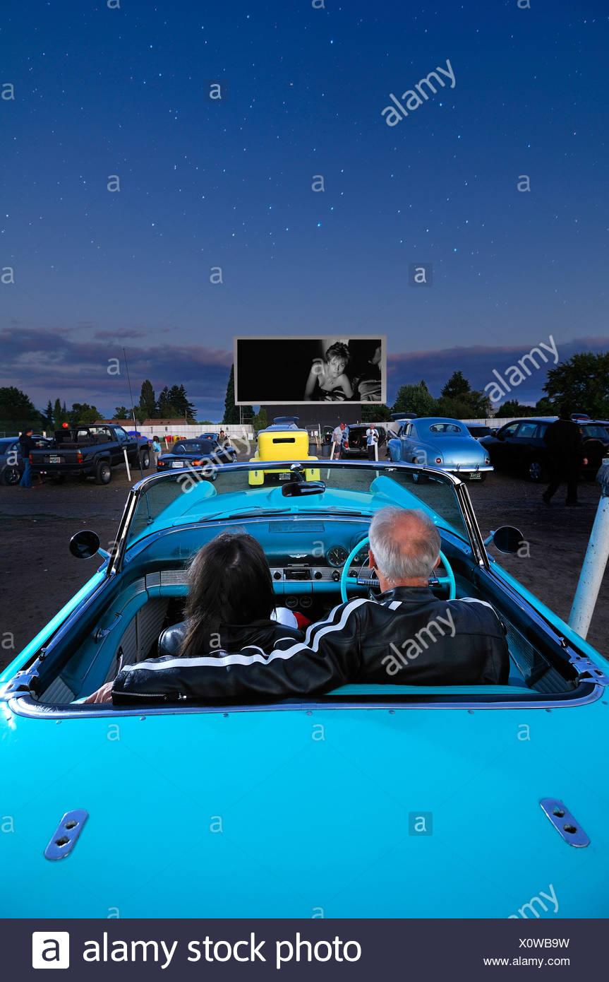 Cinema stars stock photos cinema stars stock images alamy for Motor vu drive in dallas oregon