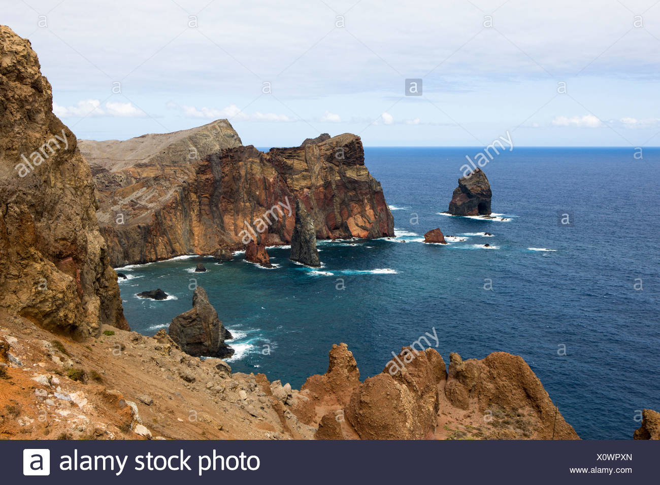 Nature reserve with steep cliffs on the volcanic peninsula of Ponta de Sao Lourenco, Funchal, Caniçal, Ilha da Madeira - Stock Image