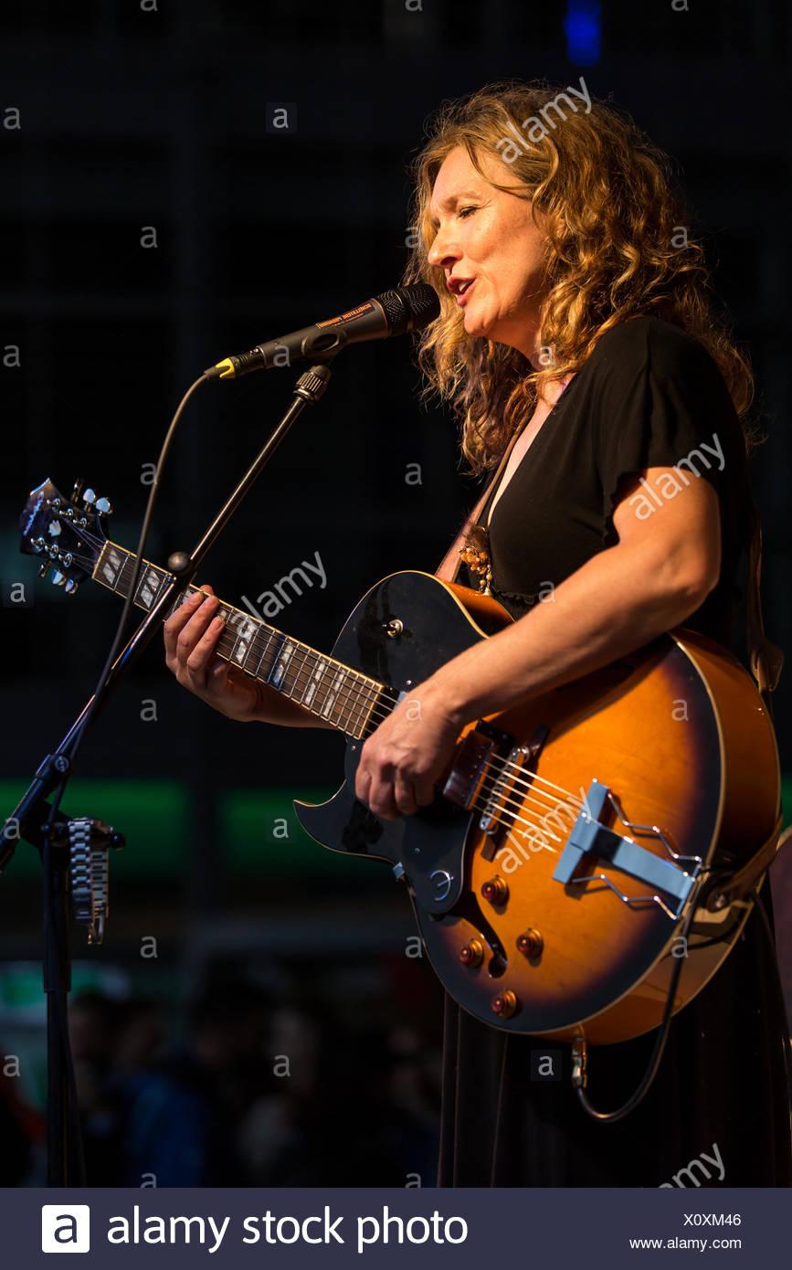 Lisa Mills - Stock Image