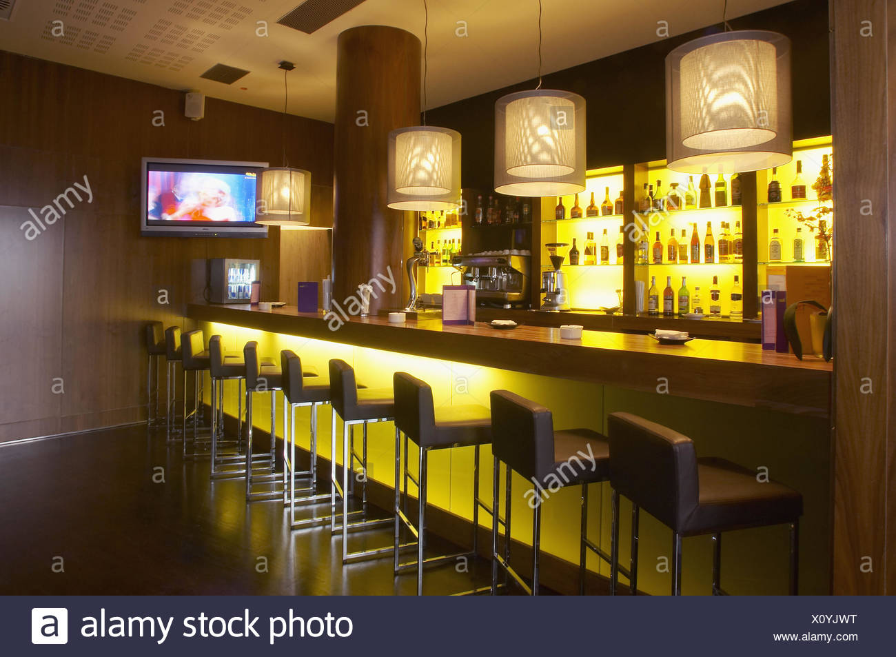 Golf Bar Stock Photos & Golf Bar Stock Images - Alamy