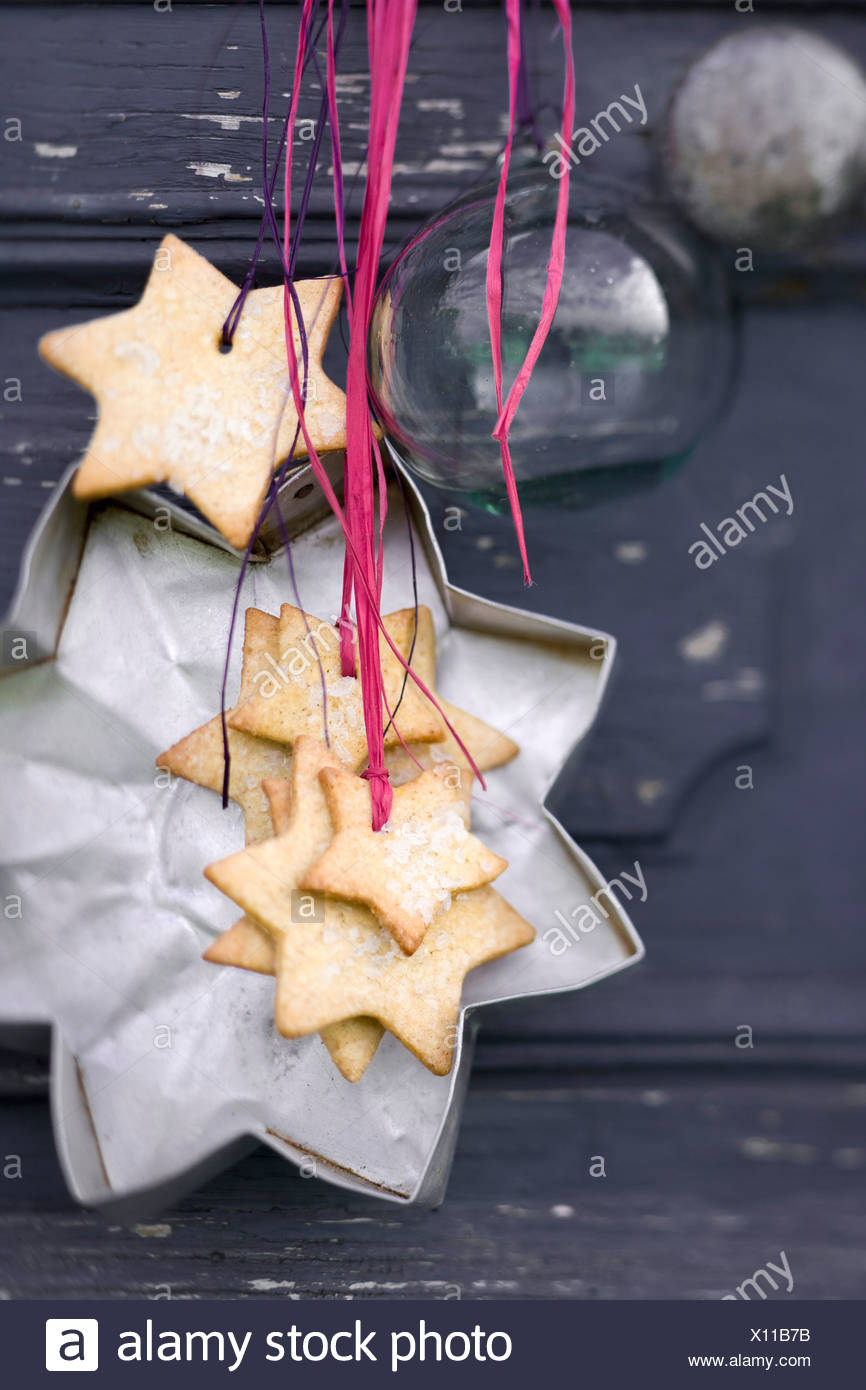 Star-shaped shortbread cookies - Stock Image