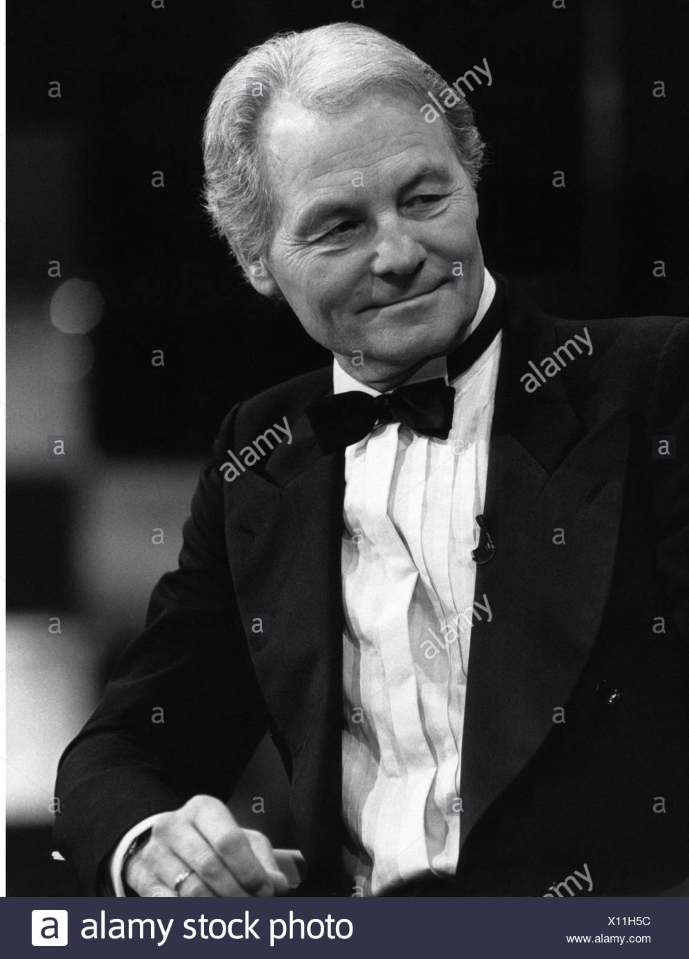 Valerien, Harry, 4.11.1923 - 12.10.2012, German television presenter, half length for the telecast 'Live', 1988, Additional-Rights-Clearances-NA - Stock Image