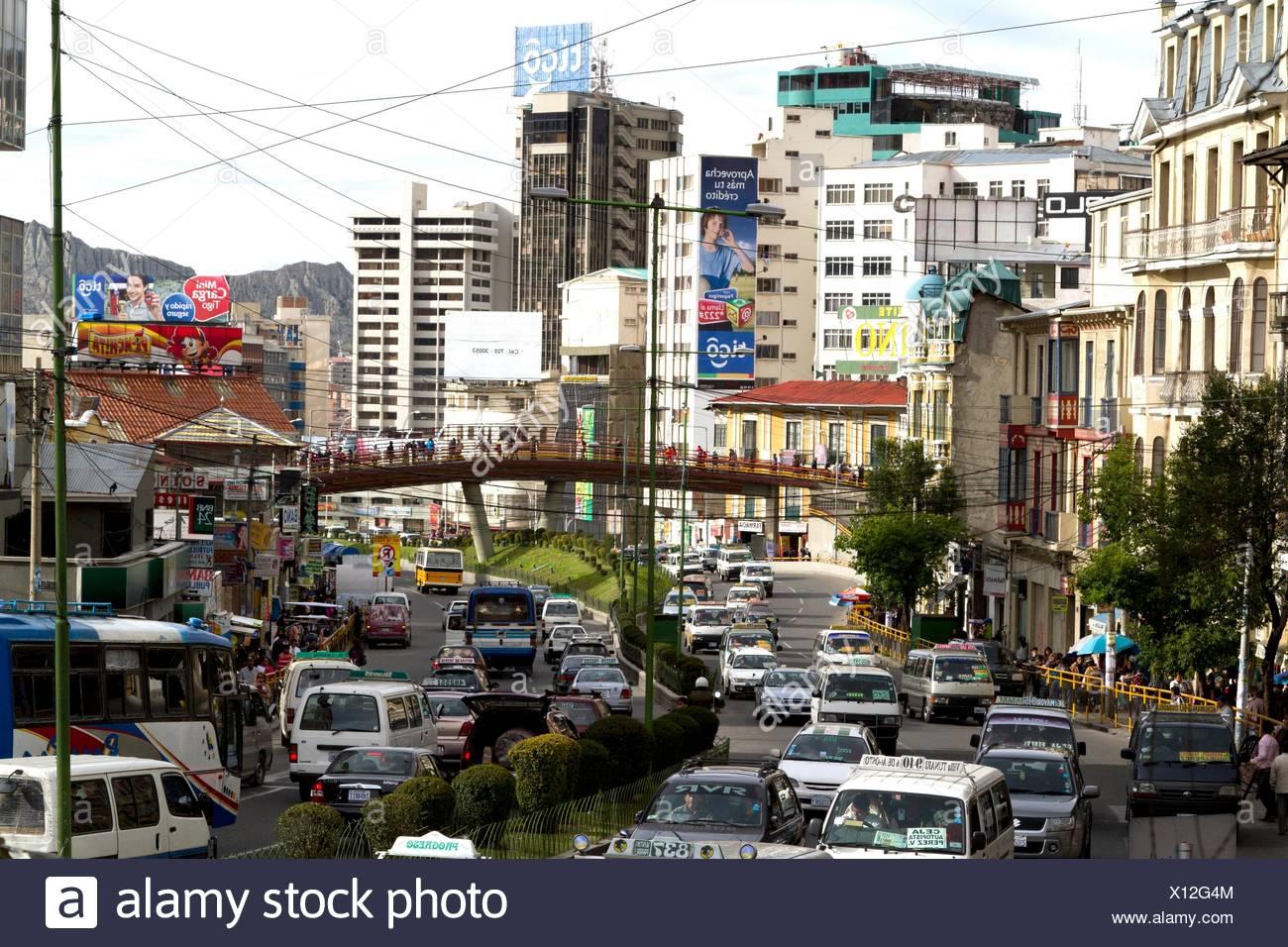 Bolivia La Paz Av Mariscal Santa Cruz Stock Photo Alamy