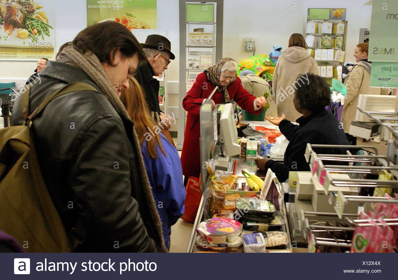 Queue in store Stock Photo